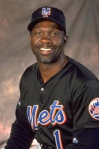 Mookie_Wilson_courtesy_of_New_York_Mets
